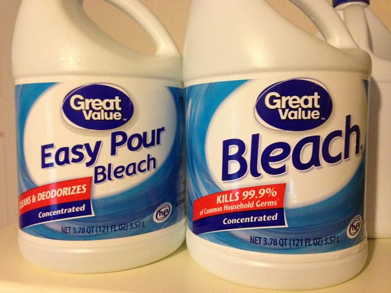 Bleach vs easy pour bleach for Pool blechwand